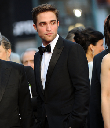 wg_celebs_robert_pattinson_web_2column.jpg